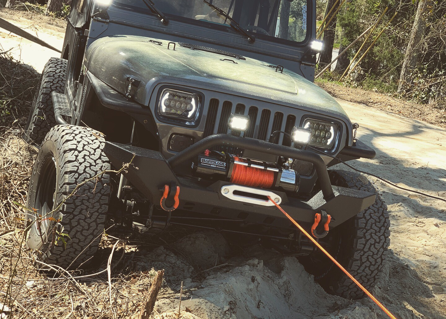 1994 Jeep YJ Winching with a Barricade Winch and Synthetic Rope